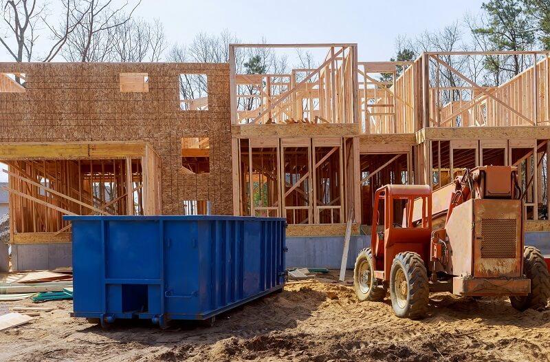 Budowa domu - kontener na śmieci