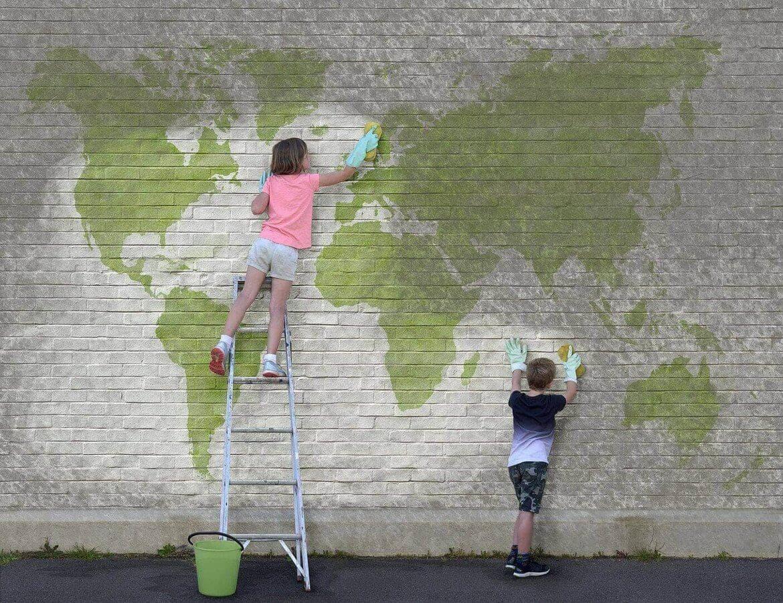 Dzieci i sprzątanie świata